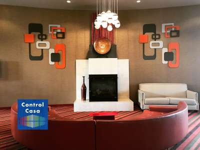 Control Casa, domotica, impianto domotico, salotto arancione, illuminazione, gestione illuminazione, home automation, smart home,gestione domotica dell'illuminazione